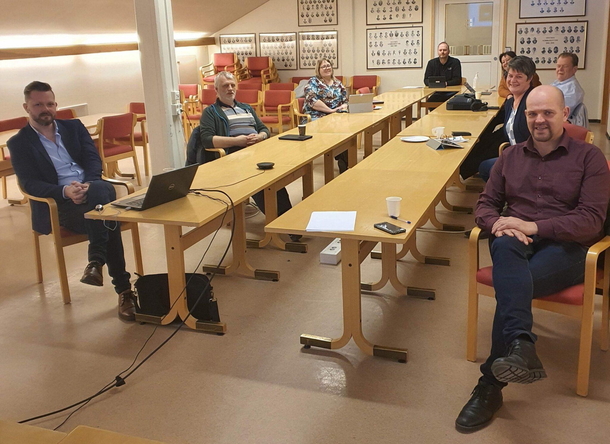 Formannskapet vart orientert om situasjonen i Vestnes måndag ettermiddag. (Foto: Vestnes kommune)
