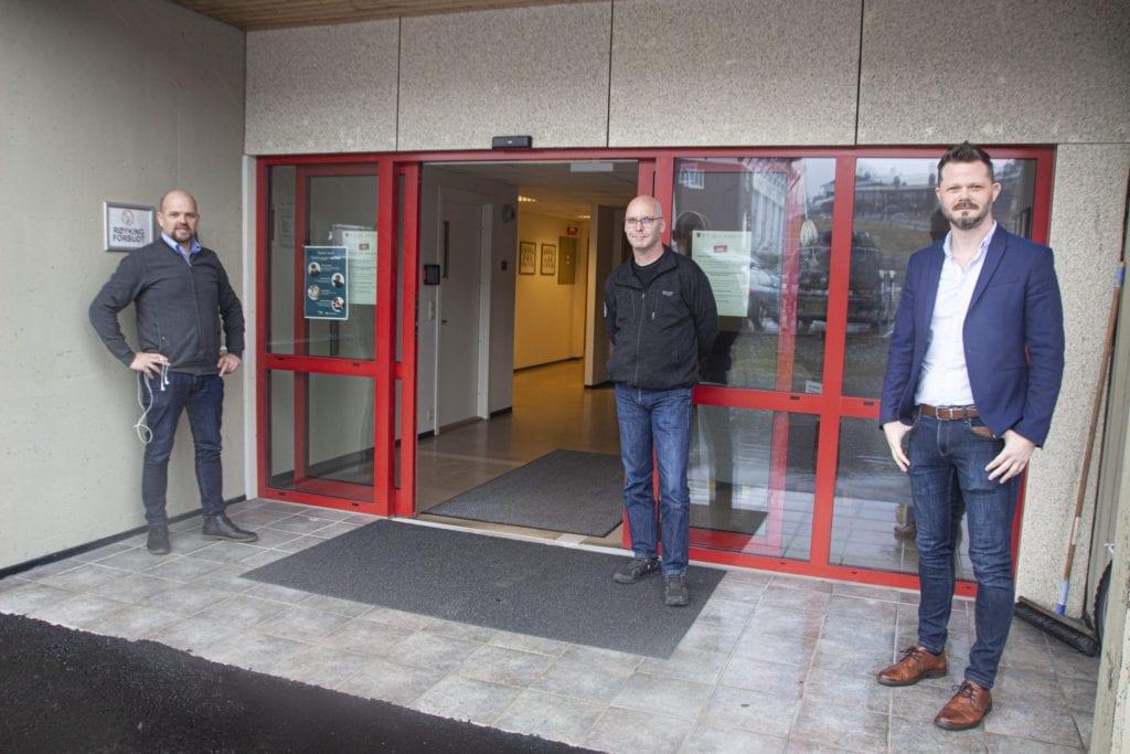 Ordførar Geir Inge Lien, beredskapssjef Frank Skorgenes og administrasjonssjef Kristian Skålhavn.