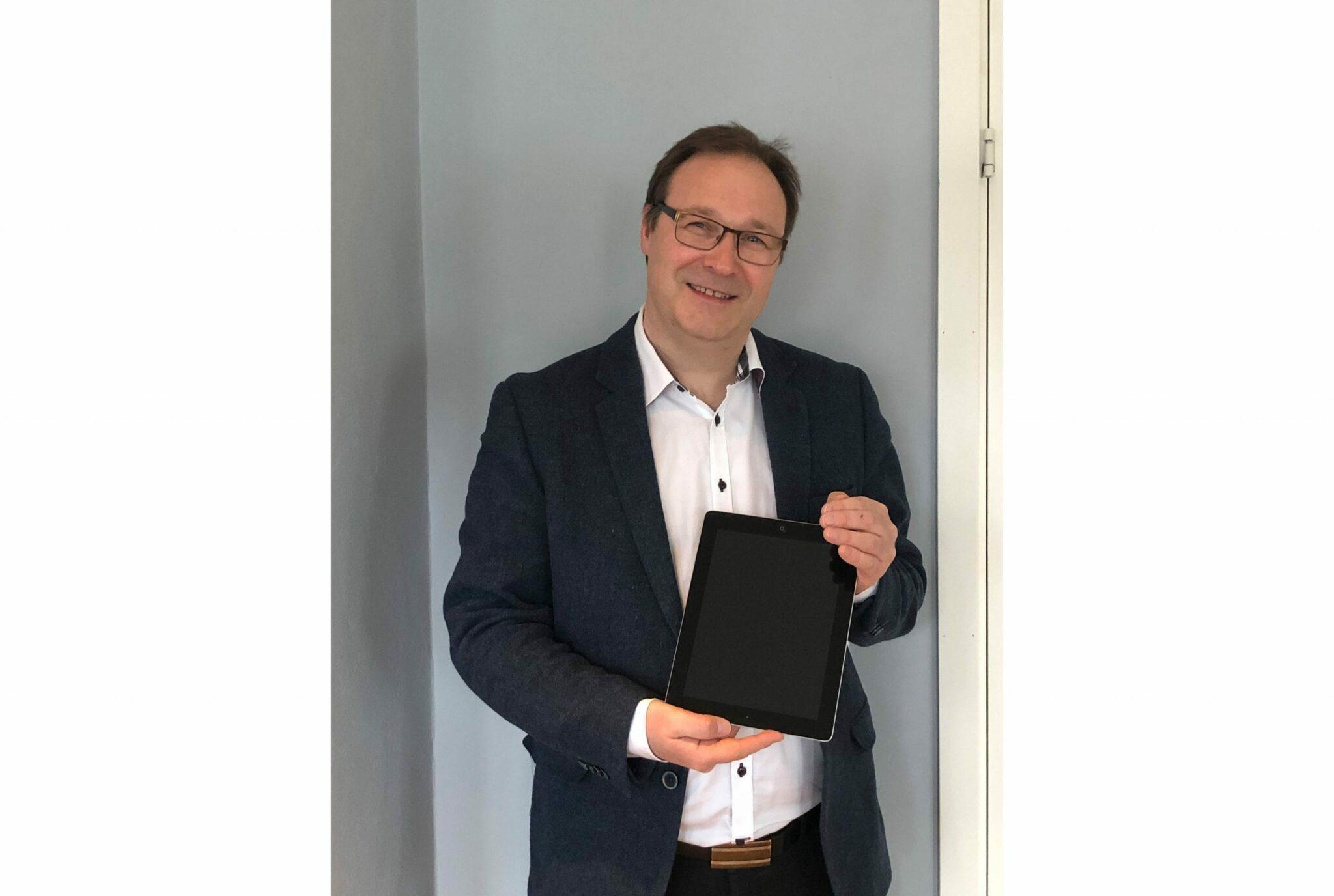 Jan Myren, banksjef i Sparebanken Møre avdeling Vestnes.