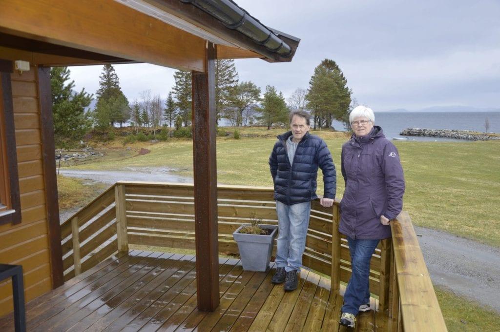 Eva og Leif Jarle Løviknes eig og driv Løviknes Feriehytter.