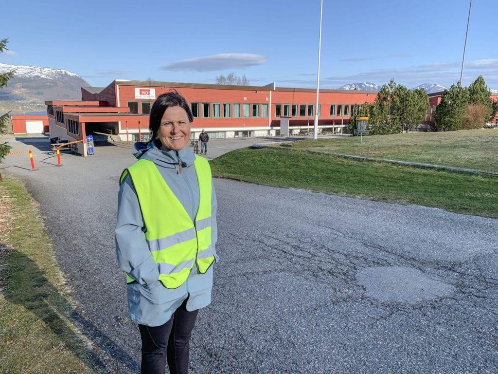 Rektor ved Tomrefjord skule, Tone Syltebø.