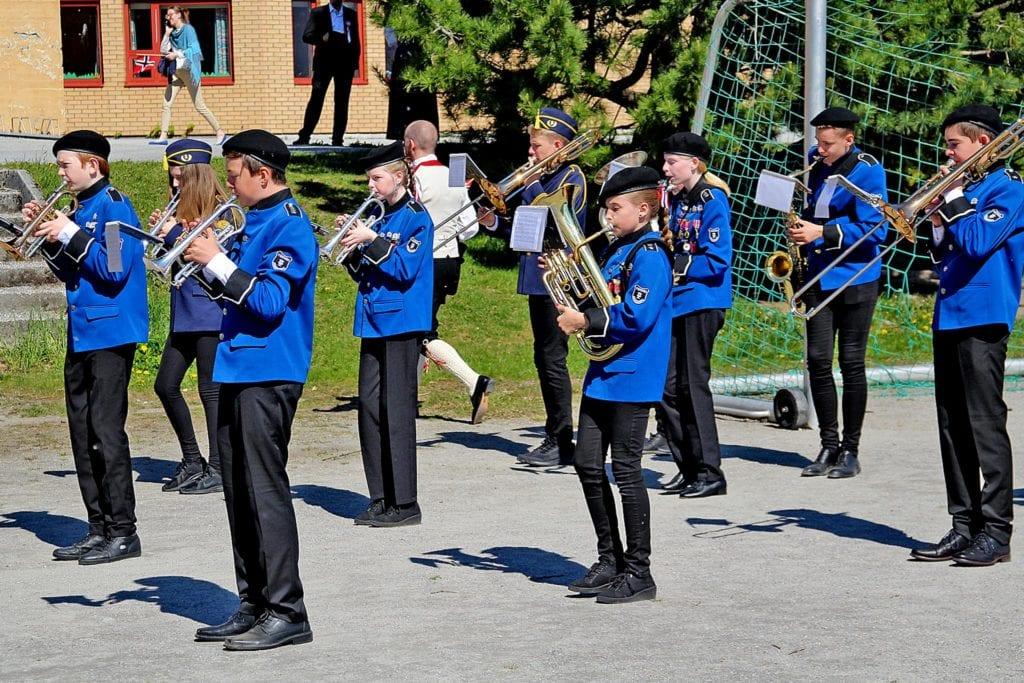 Vestnes og Daugsttad-Vike skulekorps