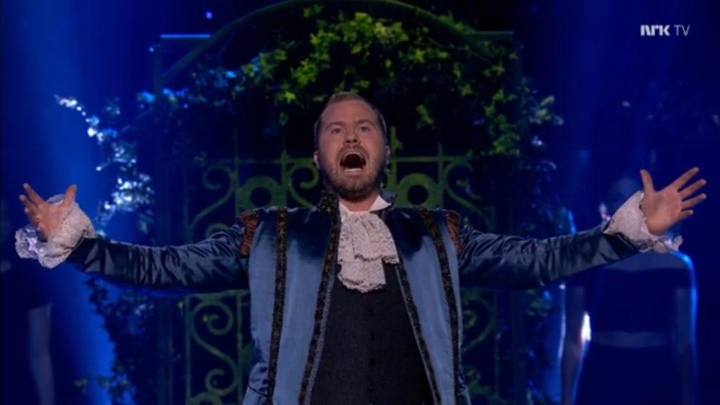 Knut Marius gav alt under operaframføringa i Stjernekamp. (Skjermdump: NRK)